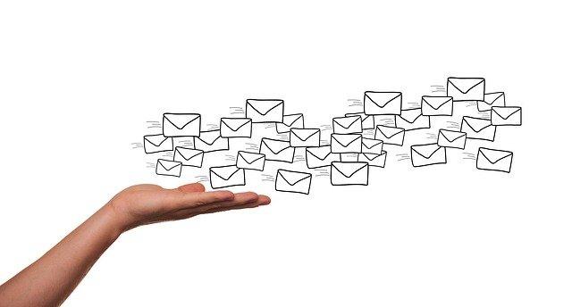 We Transfer invio email