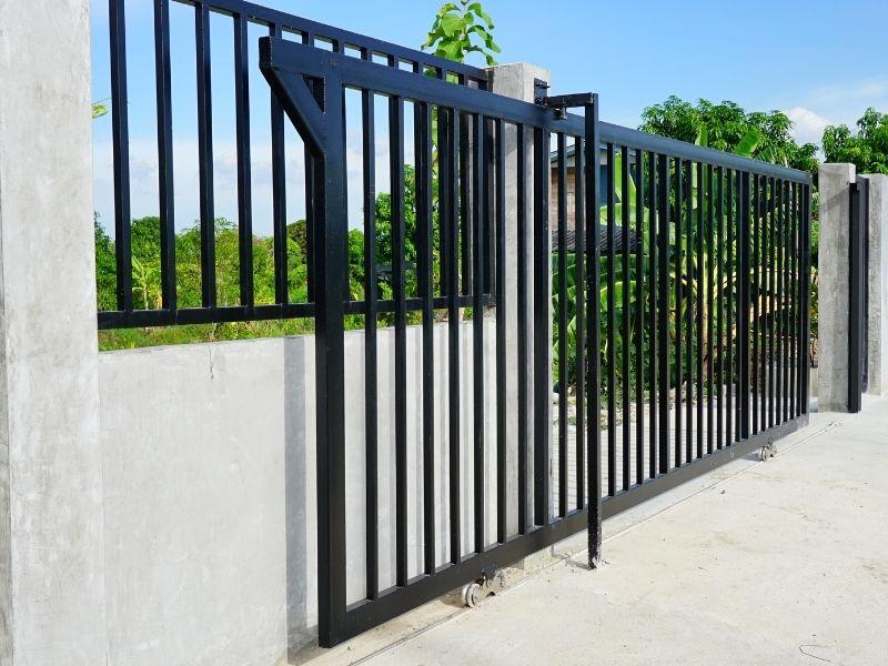 serratura cancello scorrevole